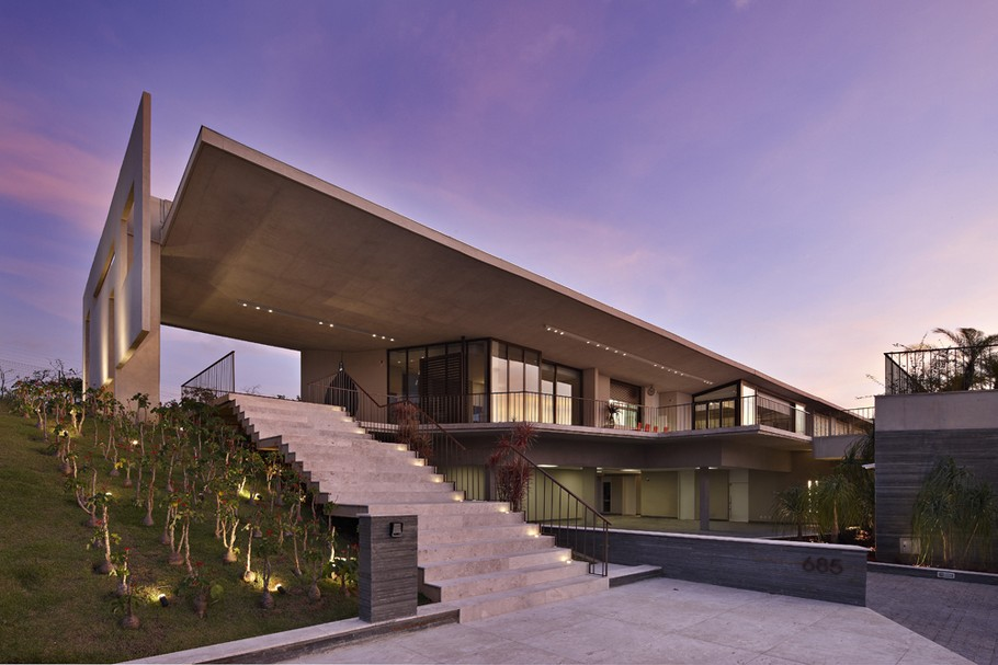 The Luxury Casa JE Property by Humberto Hermeto in Brazil