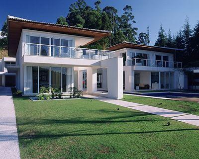 A Rocco Associates House in Brazil