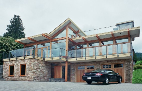 Modern House in Vancouver by Eric Rojo