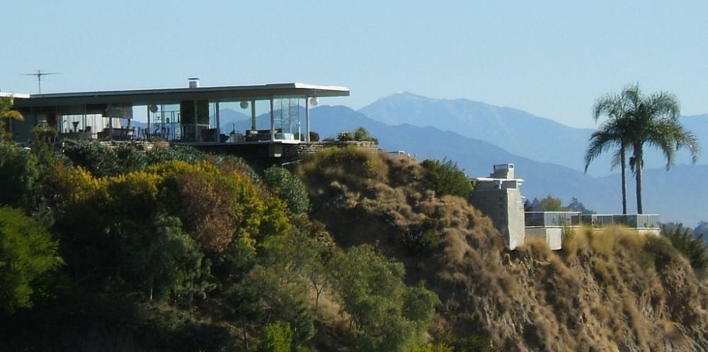 Stahl House by Pierre Koenig Overlooking Los Angeles
