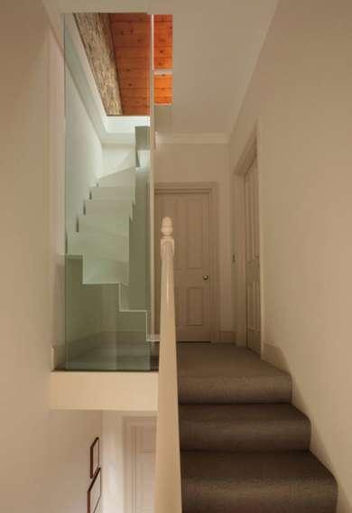 Aquarium-Encased Stairs