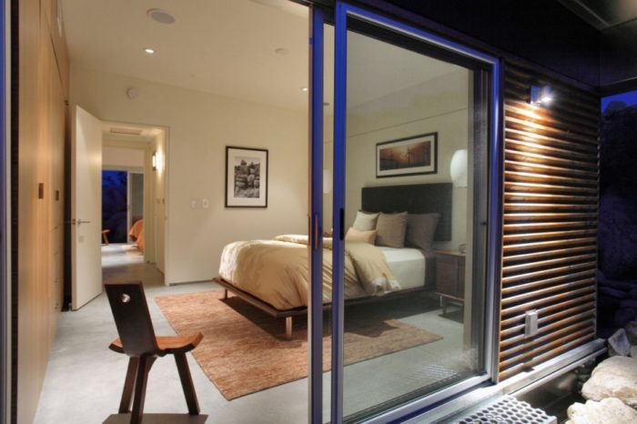 Prefabricated Sustainable Modern Home 10