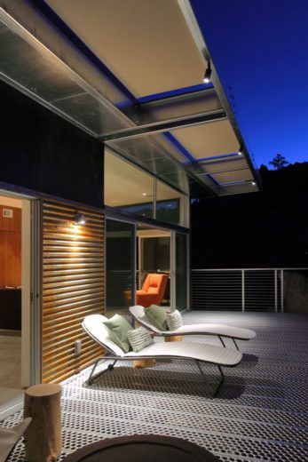 Prefabricated Sustainable Modern Home 6