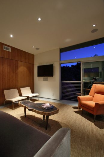 Prefabricated Sustainable Modern Home 7