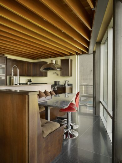Modern Family House in Seattle 12