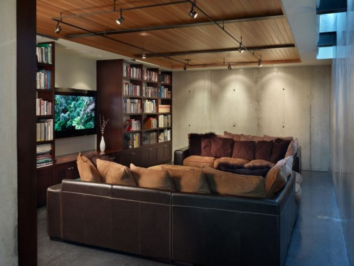 Modern Family House in Seattle 19