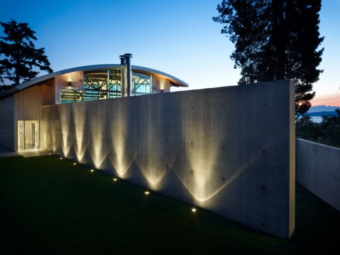 Modern Family House in Seattle 6