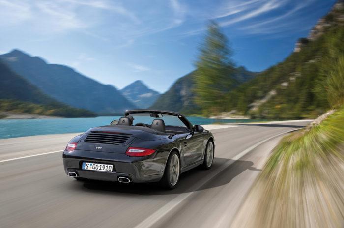 Porsche 911 Black Edition Is Ready to Impress 5