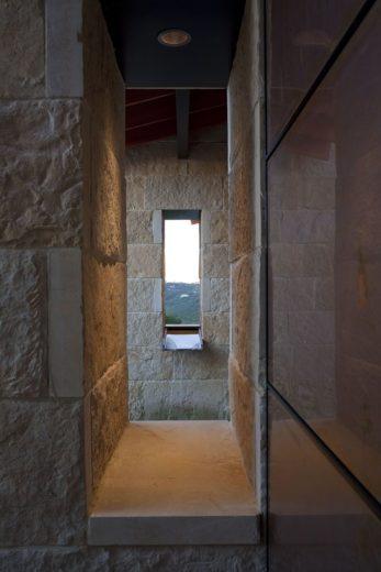 Terrace Mountain House in Texas 16