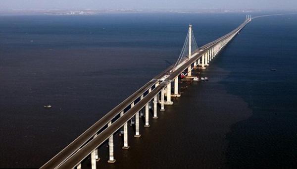 The Qingdao Haiwan Bridge 2
