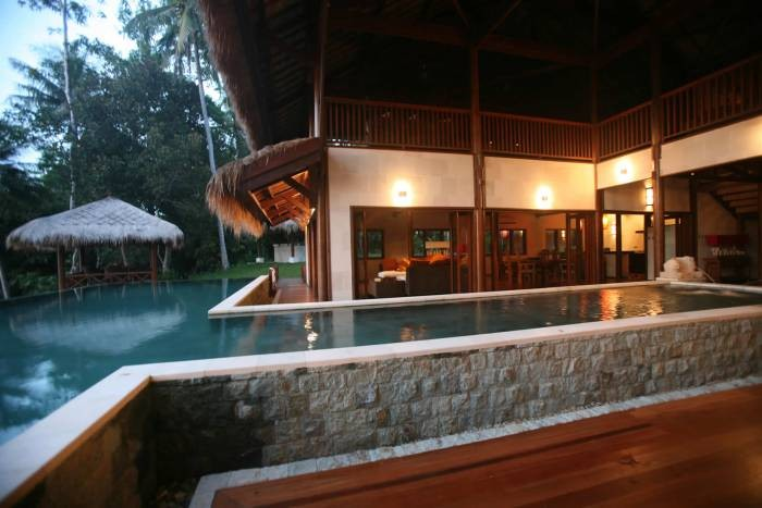 The Hibiscus Villa in Borneo 7