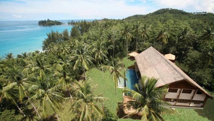 The Hibiscus Villa in Borneo
