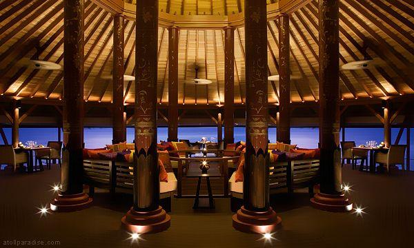 The Luxurious Anantara Resort Maldives 32