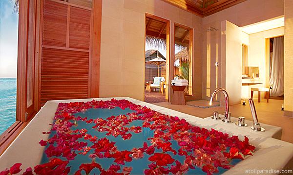 The Luxurious Anantara Resort Maldives 7