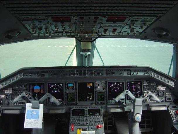 Embraer Legacy jet (6)