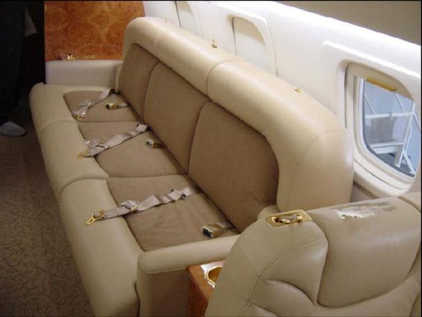 Embraer Legacy jet (4)