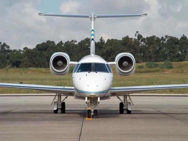 Embraer Legacy jet (1)