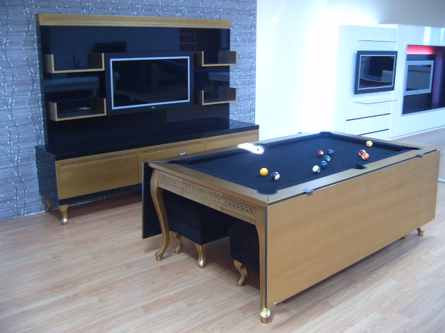 Luxury Pool Table Disguised as Dining Table (5)