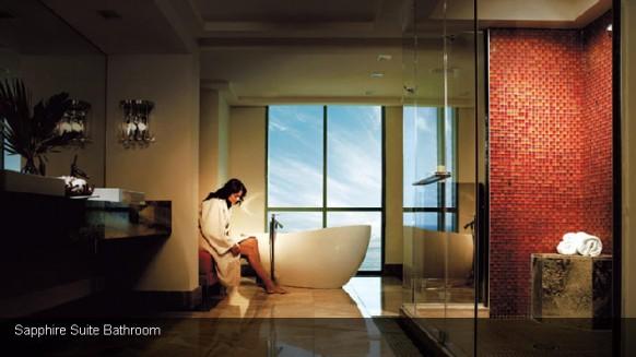 The Exquisite Bridge Suite of Hotel Atlantis (3)
