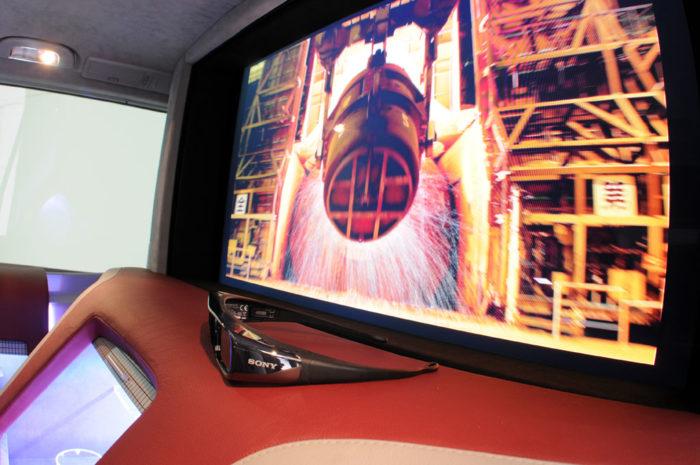 Brabus Mercedes Viano iBusiness 3D Van (12)