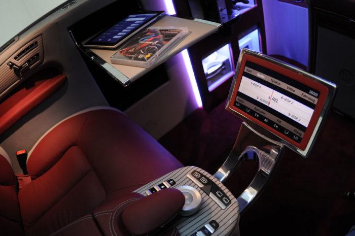 Brabus Mercedes Viano iBusiness 3D Van (8)