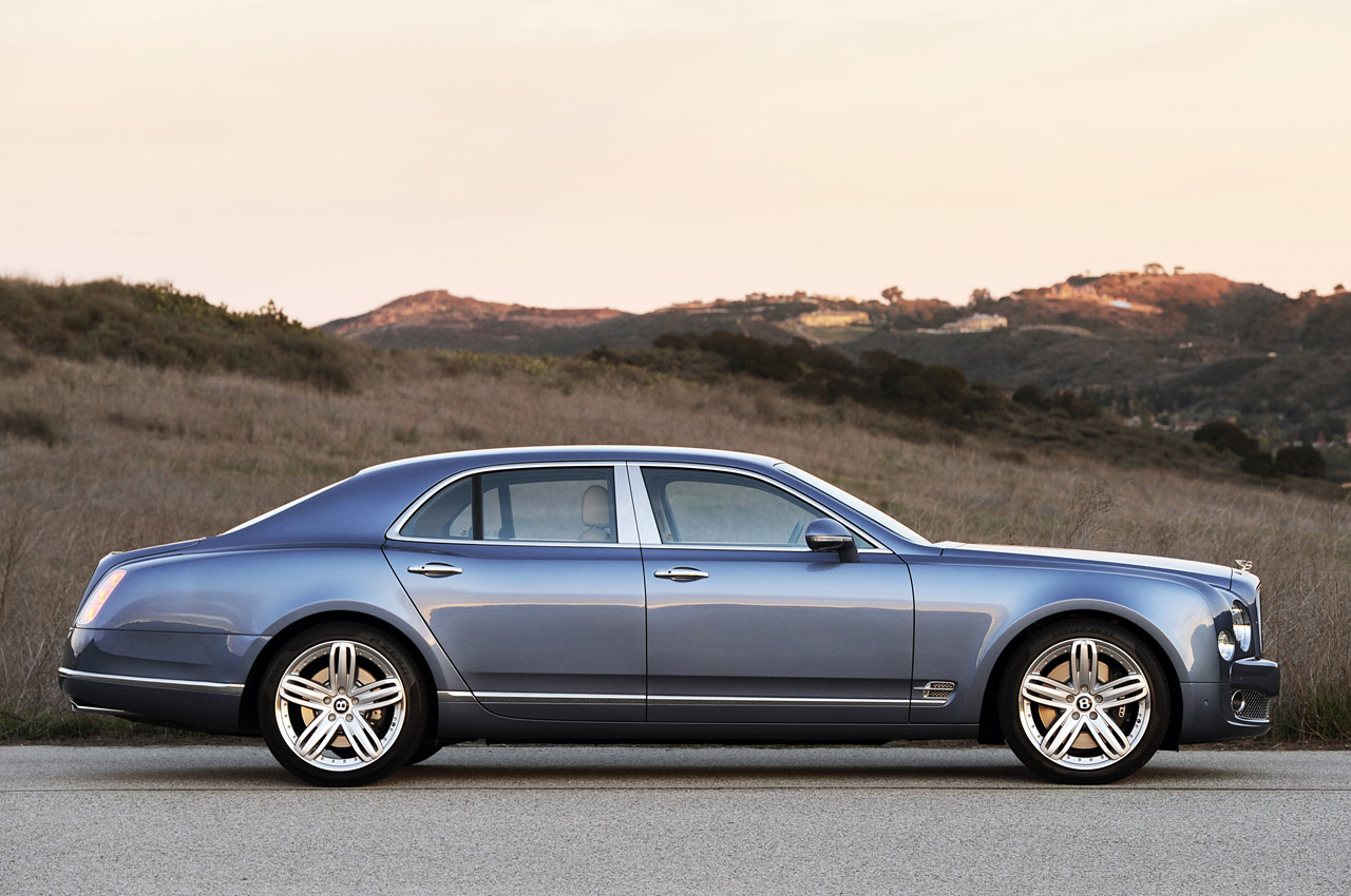 Bentley Muslanne-Based Turbo R Coupe 5 -