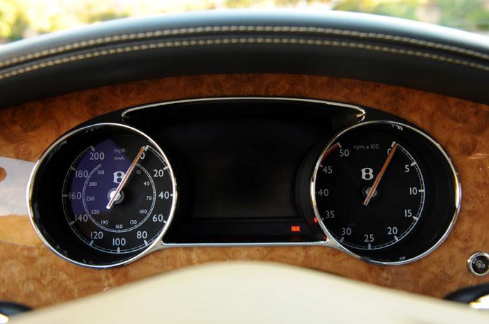 Bentley Muslanne-Based Turbo R Coupe (17)