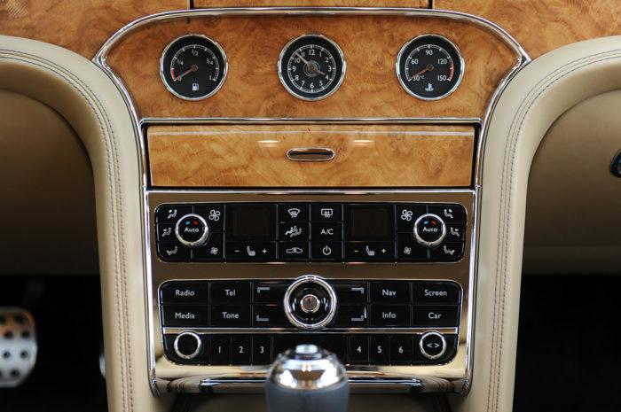 Bentley Muslanne-Based Turbo R Coupe (14)