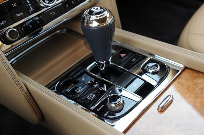 Bentley Muslanne-Based Turbo R Coupe (12)