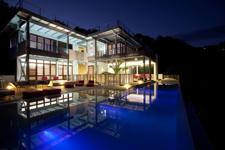 Eco-Friendly Luxe Residence in Costa Rica (26)
