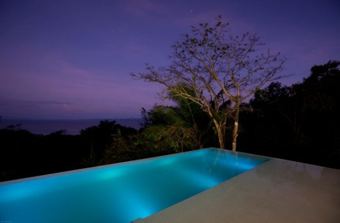 Eco-Friendly Luxe Residence in Costa Rica (1)