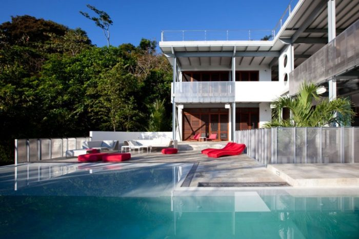 Eco-Friendly Luxe Residence in Costa Rica (22)