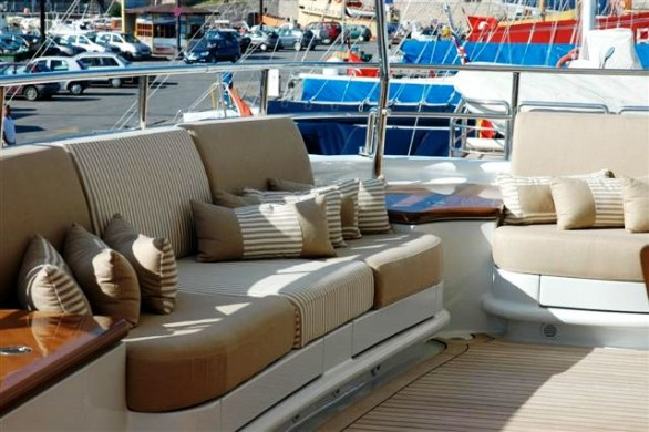 Grace E Luxury Yacht for Charter (1)