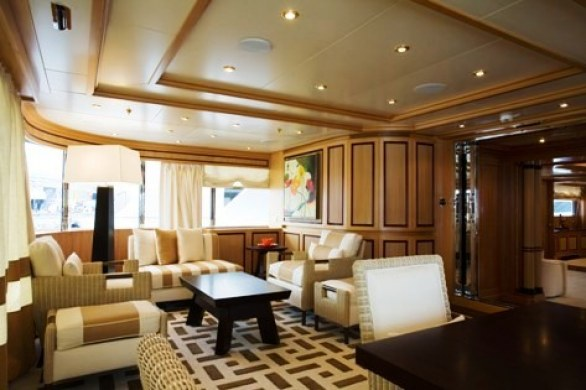 Grace E Luxury Yacht for Charter (12)