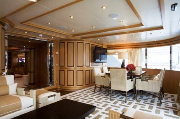 Grace E Luxury Yacht for Charter (11)