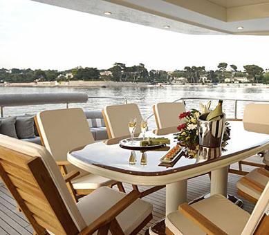 Mabruk III Luxury Yacht (3)