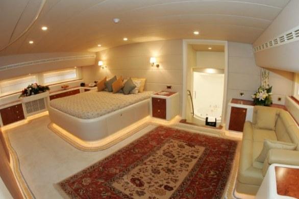Mabruk III Luxury Yacht (11)