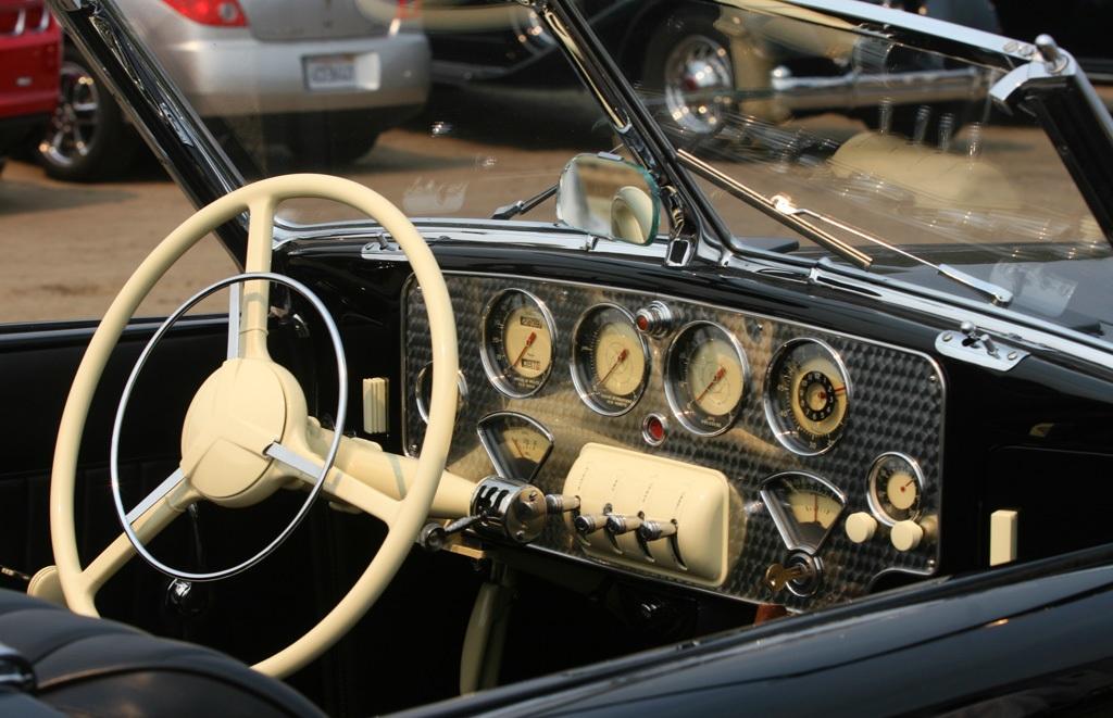 Auburn 851 Boattail Speedster (40)