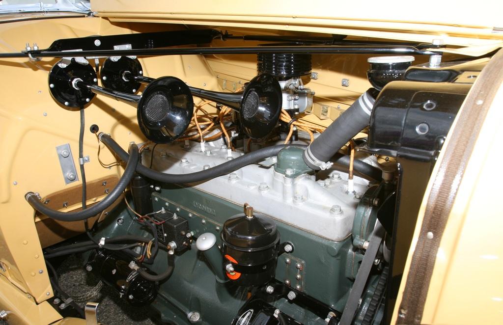 Auburn 851 Boattail Speedster (32)