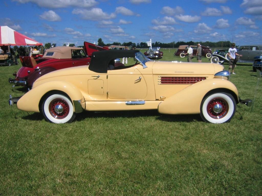 Auburn 851 Boattail Speedster (10)
