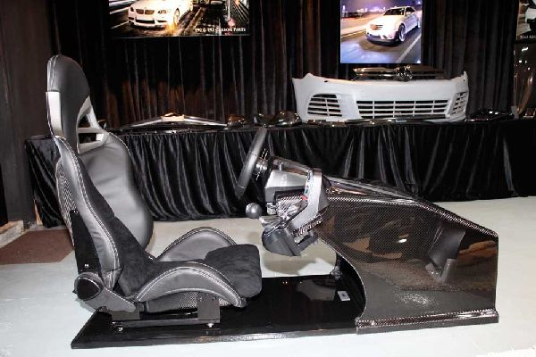 GT5 Carbon Driving Console from RevoZport (4)