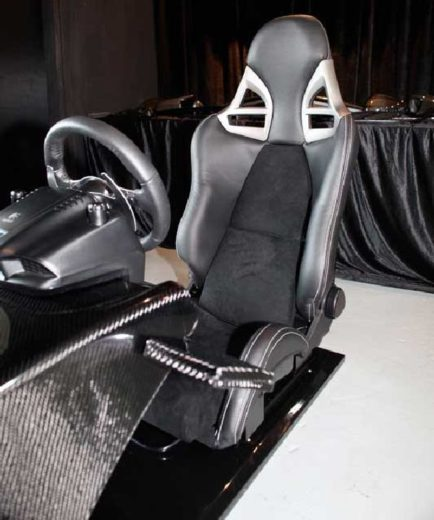GT5 Carbon Driving Console from RevoZport (1)