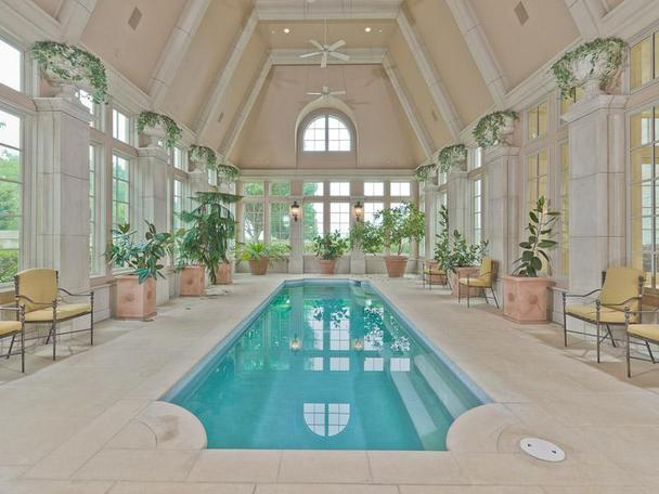 Incredibly Luxurious Mansion in Hickory Creek (17)