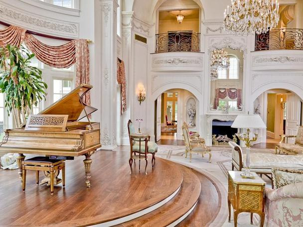 Incredibly Luxurious Mansion in Hickory Creek (29)