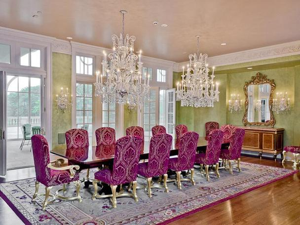Incredibly Luxurious Mansion in Hickory Creek (28)