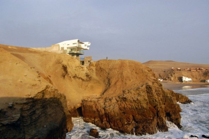 Lefevre Beach House by Longhi Architects (20)
