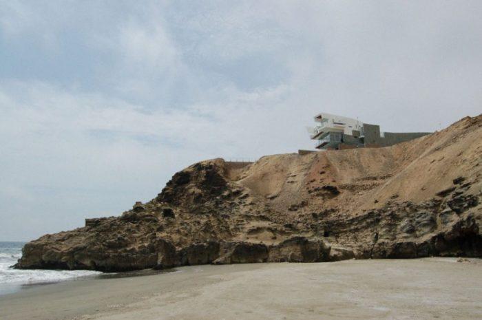 Lefevre Beach House by Longhi Architects (19)