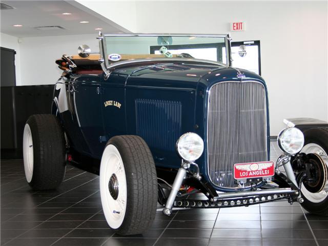 1932 Ford Highboy Roadster (78)