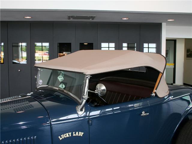 1932 Ford Highboy Roadster (71)