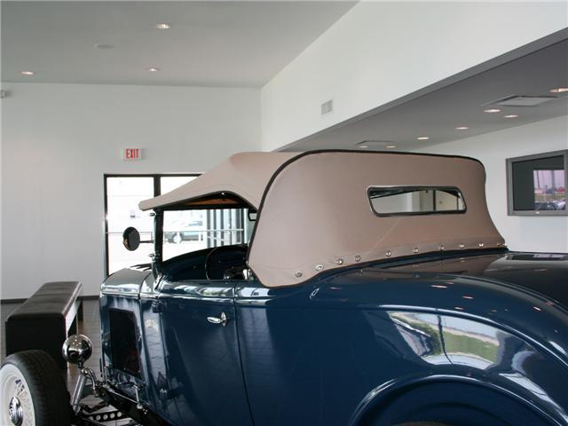 1932 Ford Highboy Roadster (70)